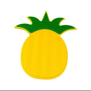 Pineapple Shaped Silcone Brush Cleaner